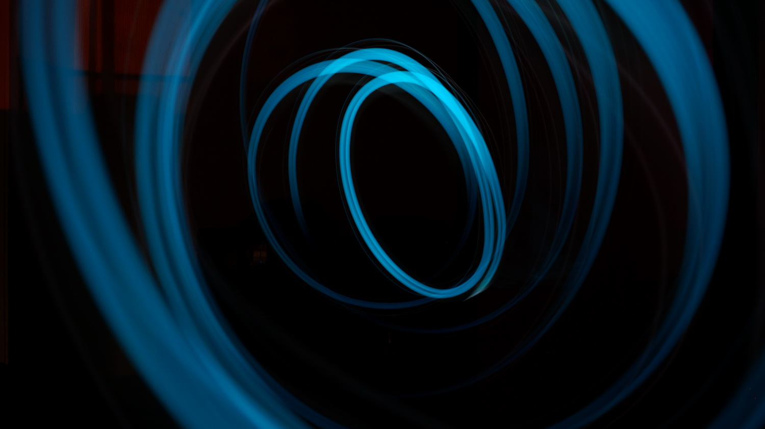 pexels-photo_blue_circle_Bildgröße ändern